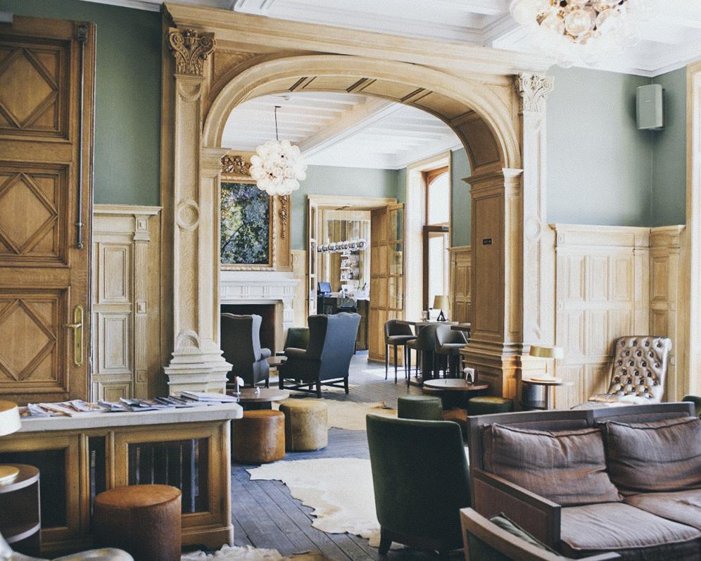 H tel du ch teau de la poste waw magazine - Grand hotel de la poste salon de provence ...